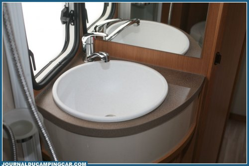 Lavabo Camping Car Challenger